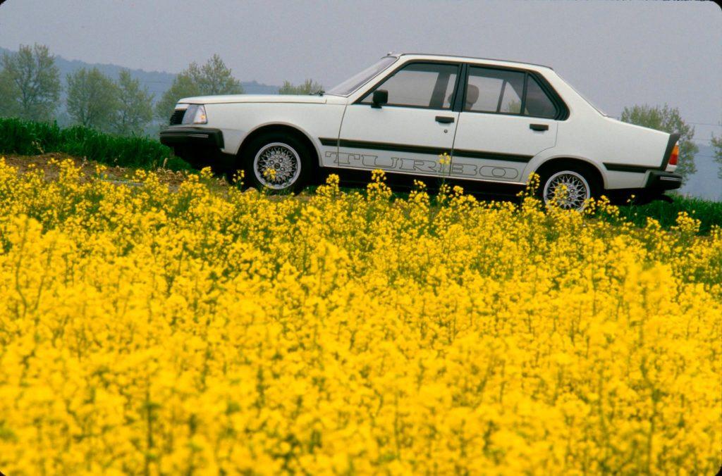 Cette année, nous célébrons l'anniversaire de la Renault 18 Turbo, lancée en 19...