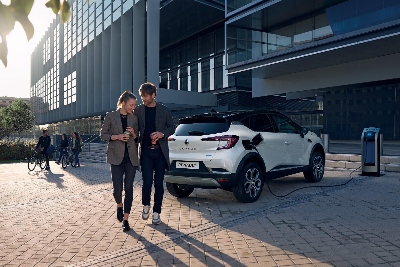 Nouveau Renault CAPTUR Hybride rechargeable, une nouvelle expérience de conduite...